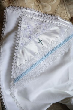 Christening blanket (Joy and tenderness) with a cross made of Swarovski gemstones