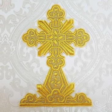 Вышитый крест большой